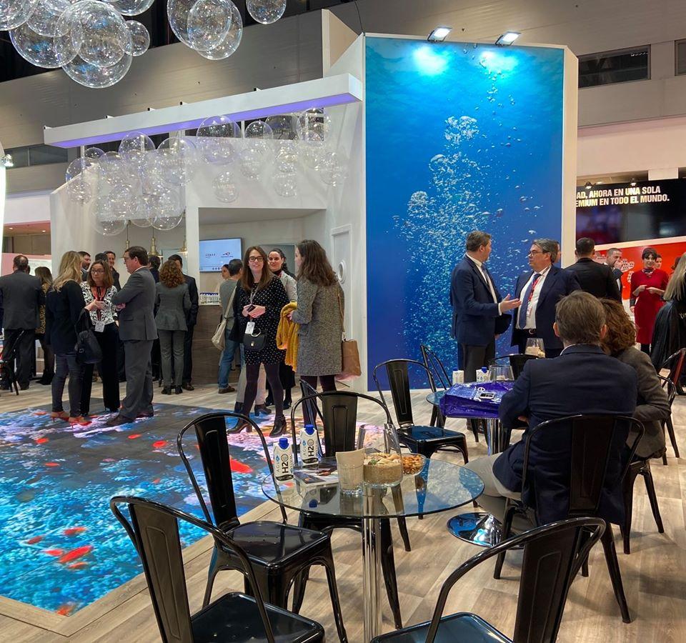 Acuerdo en FITUR entre Only Water y Grupo Naviera